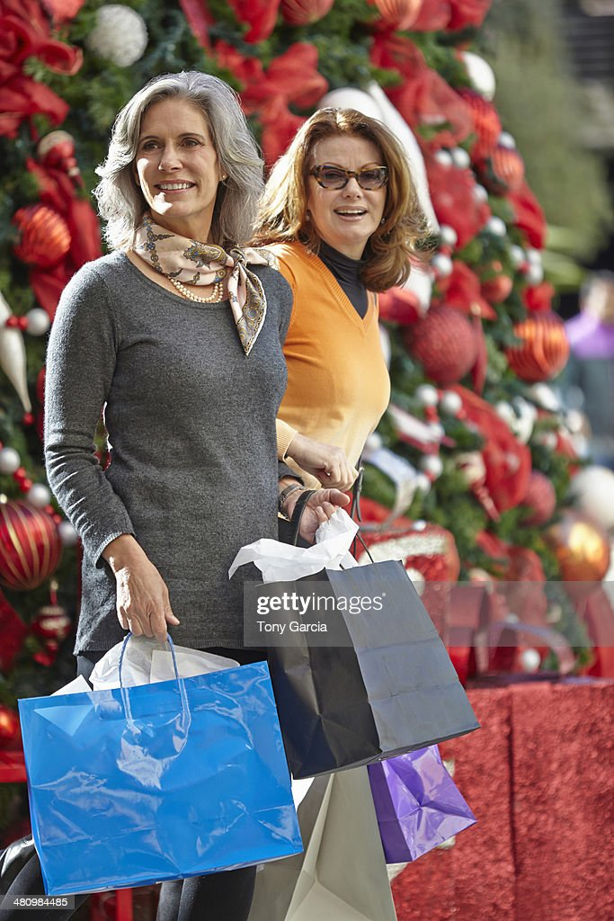 Women with Christmas shopping : Stock Photo