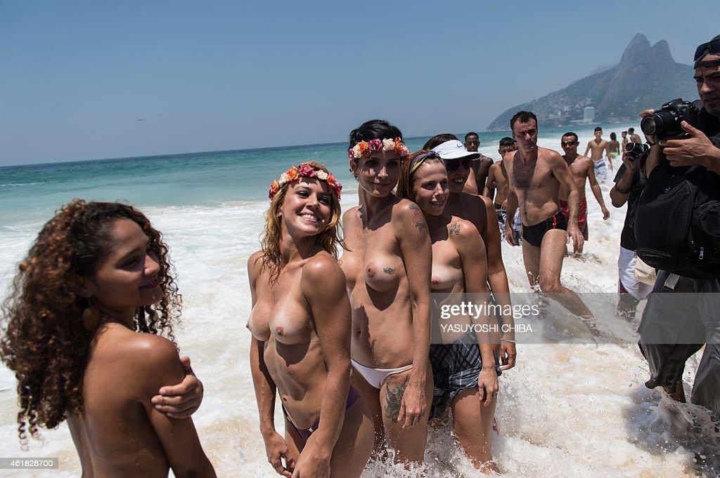 naked girls playing hockey