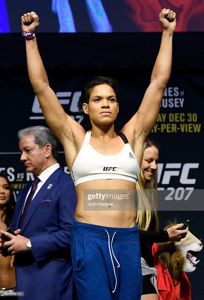 UFC 207: Weigh-ins