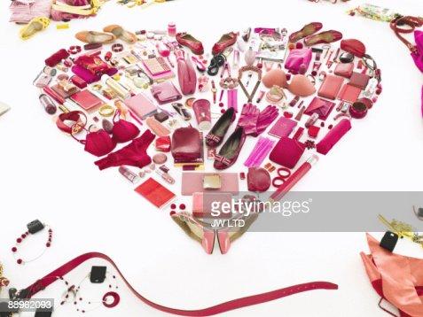 Women's belongings in shape of heart : Foto de stock