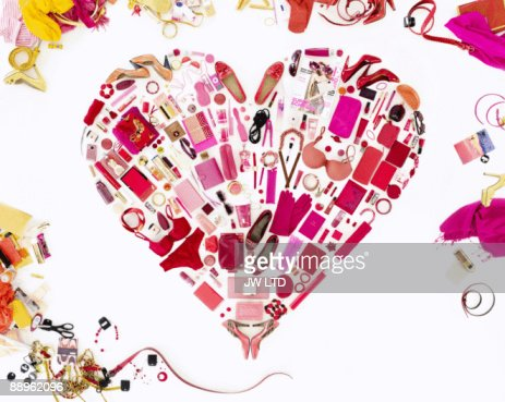 Women's belongings in shape of heart : Stock-Foto