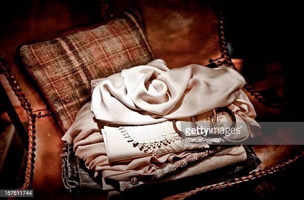 Kleidung für Damen