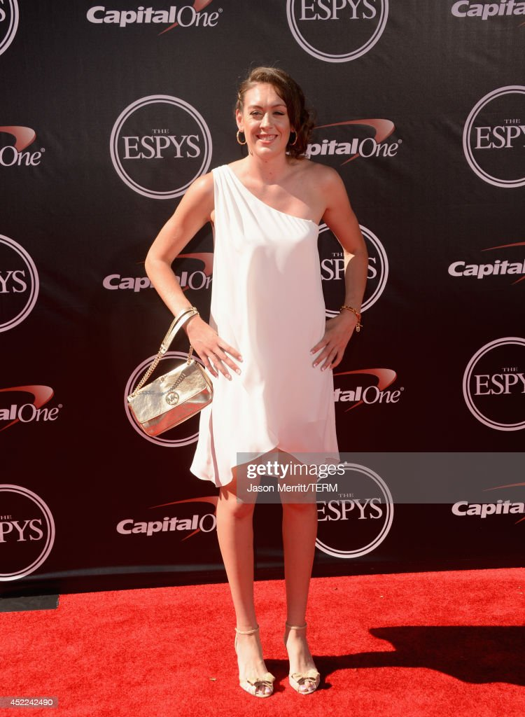 Womens college basketball player <a gi-track='captionPersonalityLinkClicked' href=/galleries/search?phrase=Breanna+Stewart&family=editorial&specificpeople=8564806 ng-click='$event.stopPropagation()'>Breanna Stewart</a> attends The 2014 ESPYS at Nokia Theatre L.A. Live on July 16, 2014 in Los Angeles, California.