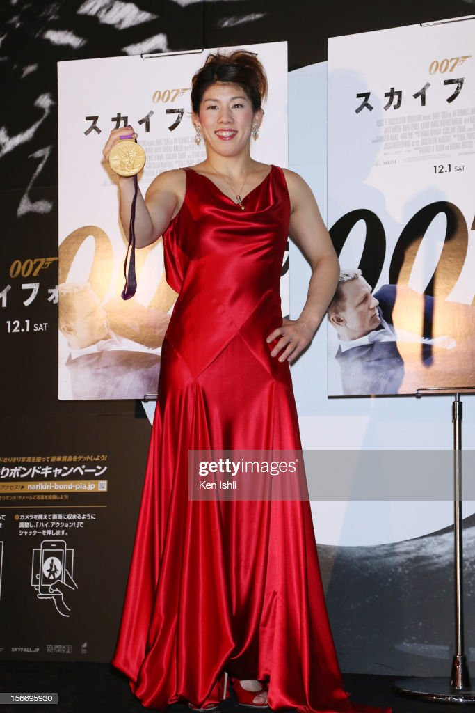 Women's wrestling gold medalist Saori Yoshida poses for photorgaphs in the press room at the 'Skyfall' Japan Premiere at Toho Cinemas Nichigeki on November 19, 2012 in Tokyo, Japan. The film will open on December 1.