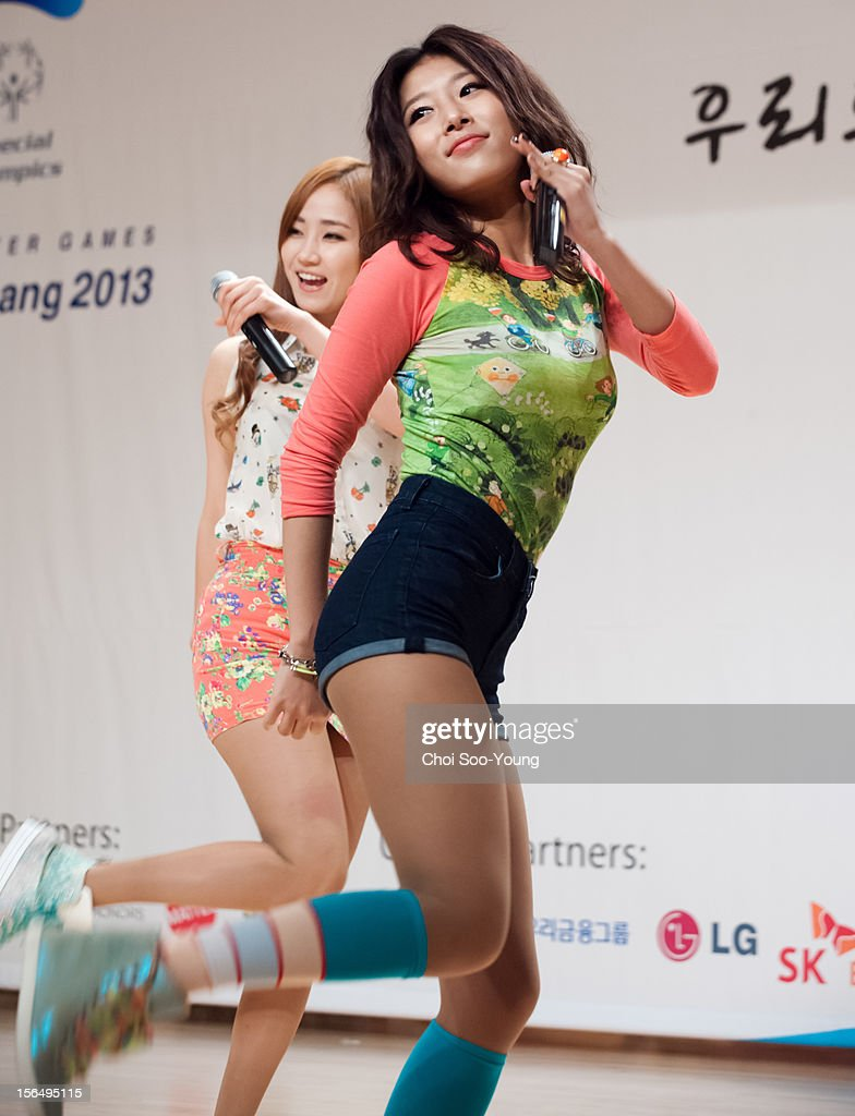<a gi-track='captionPersonalityLinkClicked' href=/galleries/search?phrase=Wonder+Girls&family=editorial&specificpeople=5637005 ng-click='$event.stopPropagation()'>Wonder Girls</a> perform onstage during the 'PyeongChang 2013 Special Olympics World Winter Games Volunteer Ceremony' at the National library of Korea, International Conference Hall on November 15, 2012 in Seoul, South Korea.