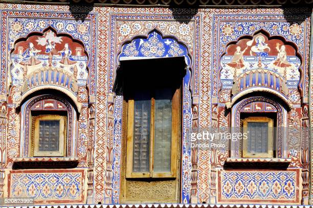 Wooden carving on jharokha and door of haveli, Fatehpur Shekhawati, Rajasthan, India