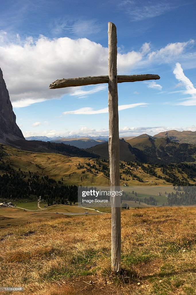 Wooden cross on Sella Pass, Dolomites, Italy : Stock Photo
