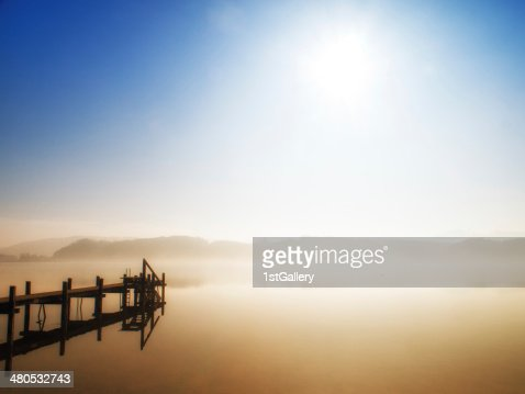 wooden jetty : Stockfoto