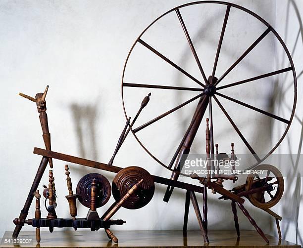 Wooden spinning wheel Mexico 19th century Oaxaca Museo De Las Culturas De Oaxaca