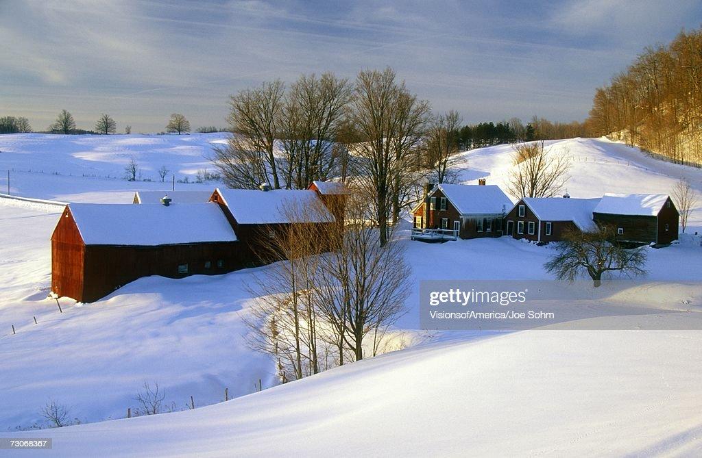 'S. Woodstock farm at sunrise in winter snow, VT'