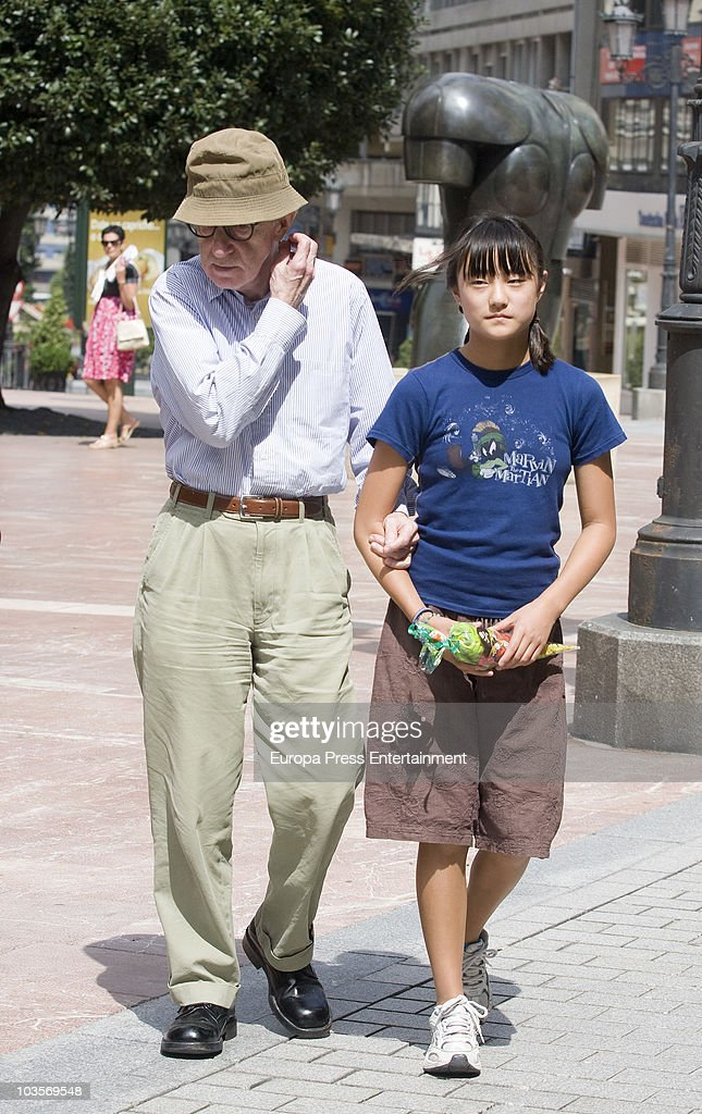 <a gi-track='captionPersonalityLinkClicked' href=/galleries/search?phrase=Woody+Allen&family=editorial&specificpeople=202886 ng-click='$event.stopPropagation()'>Woody Allen</a> and Manzie Tio go for a walk on August 24, 2010 in Oviedo, Spain.