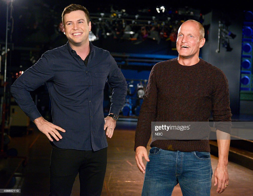 LIVE -- '<a gi-track='captionPersonalityLinkClicked' href=/galleries/search?phrase=Woody+Harrelson&family=editorial&specificpeople=208923 ng-click='$event.stopPropagation()'>Woody Harrelson</a>' Episode 1668 -- Pictured: (l-r) <a gi-track='captionPersonalityLinkClicked' href=/galleries/search?phrase=Taran+Killam&family=editorial&specificpeople=3798325 ng-click='$event.stopPropagation()'>Taran Killam</a> and <a gi-track='captionPersonalityLinkClicked' href=/galleries/search?phrase=Woody+Harrelson&family=editorial&specificpeople=208923 ng-click='$event.stopPropagation()'>Woody Harrelson</a> on November 11, 2014 --