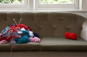 Wolle auf sofa
