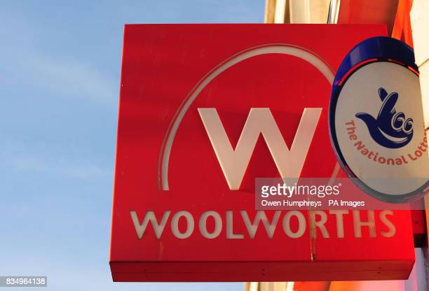 A Woolworths sign in Whitley Bay Tyne and Wear will close in six days as shoppers grab a last minute bargain