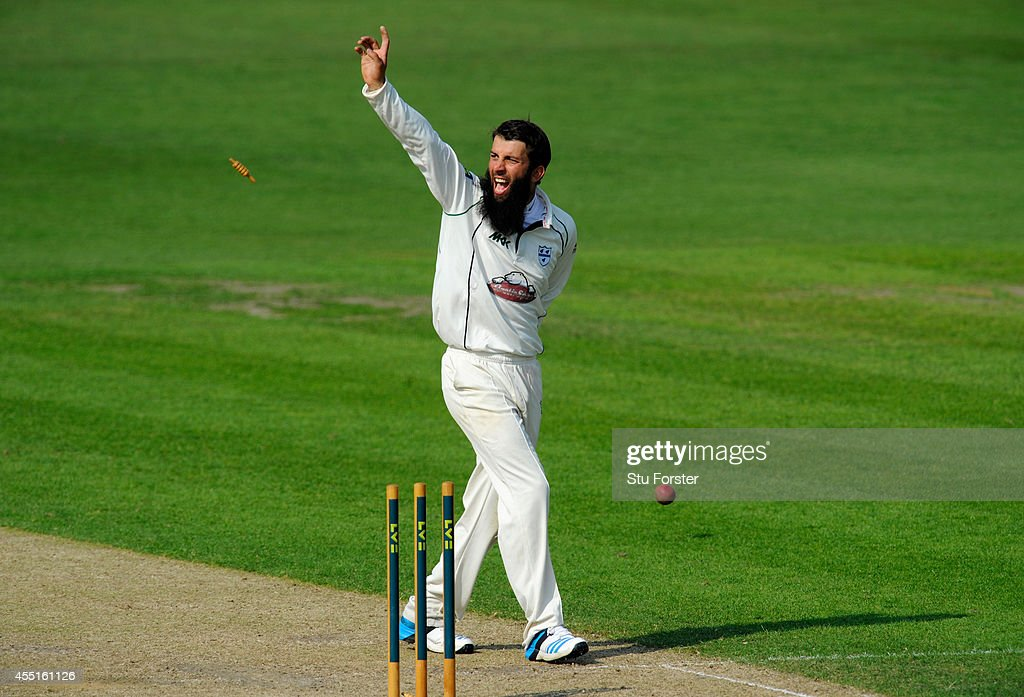 Worcestershire bowler Moeen Ali appeals in vain for a run out against Surrey batsman Gary Wilson during day two of the LV= County Championship...