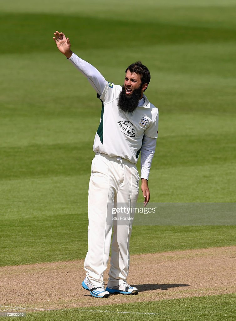 Worcestershire bowler Moeen Ali captures the wicket of Warwickshire batsman Keith Barker during day three of the LV County Championship Divison One...