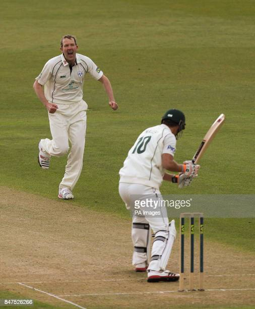Worcestershire's Alan Richardson celebrates taking the first wicket of the day Nottinghamshire's Alex Hales for 4 during the LV County Championship...