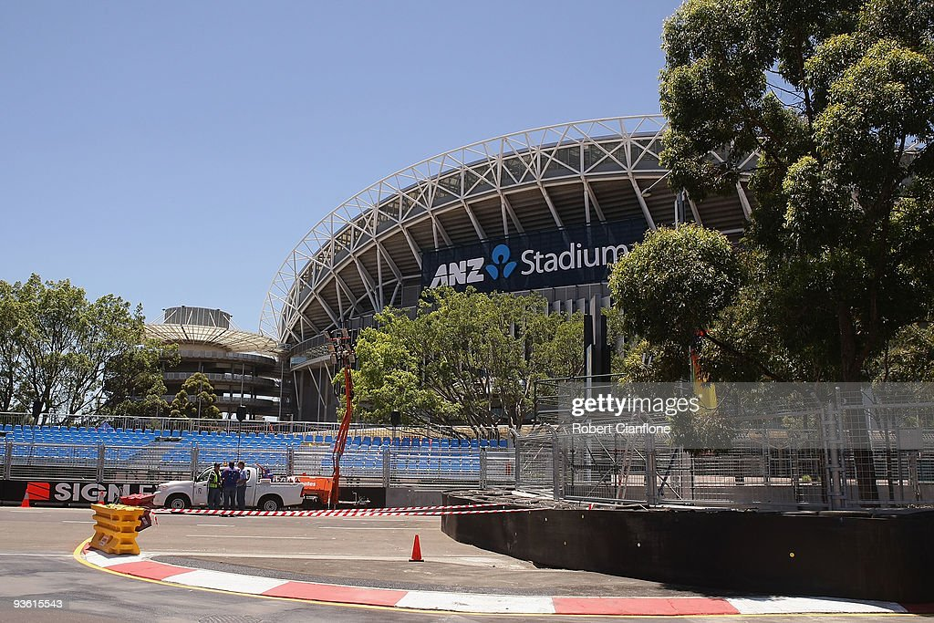 Work Is Completed On The Circuit For Sydney 500 Which Final Round Of