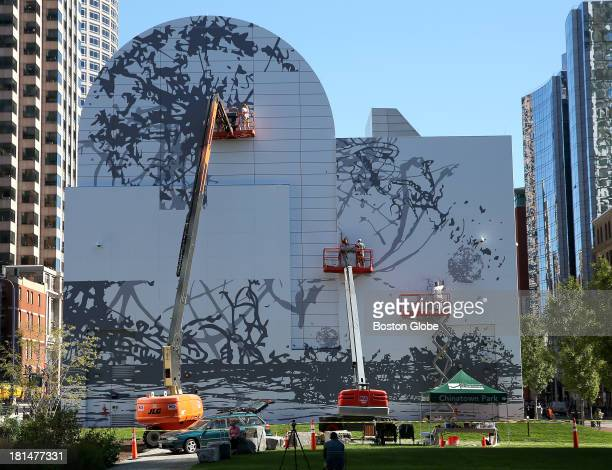Rose f kennedy greenway photos et images de collection for Dewey square mural