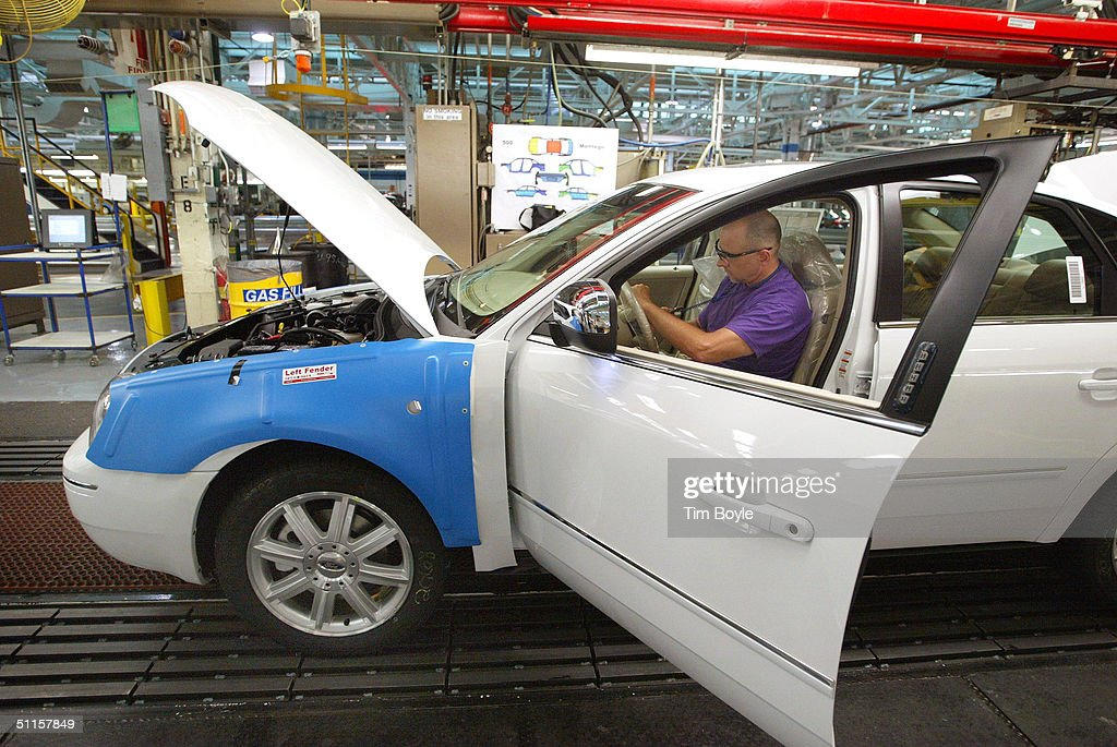 ford and flexible manufacturing Ford motor company michigan assembly plant quality manufacturing ford motor ompany's ford has created a new global standard for flexible manufacturing.