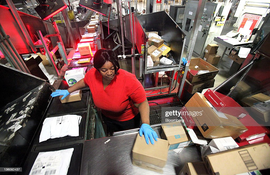 inside the hodgkins ups facility for holiday mail traffic getty images. Black Bedroom Furniture Sets. Home Design Ideas