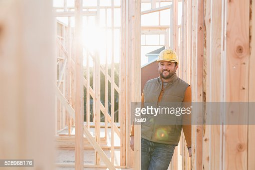 Travailleur avec Casque de chantier de construction site