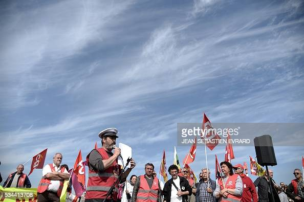 topshot workers and union members gather in saint nazaire western france to demonstrate. Black Bedroom Furniture Sets. Home Design Ideas