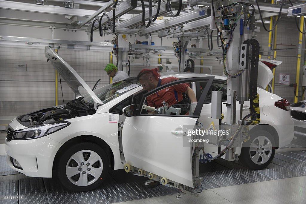 Operations Inside Kia Motors Corp 39 S New Factory Amidst