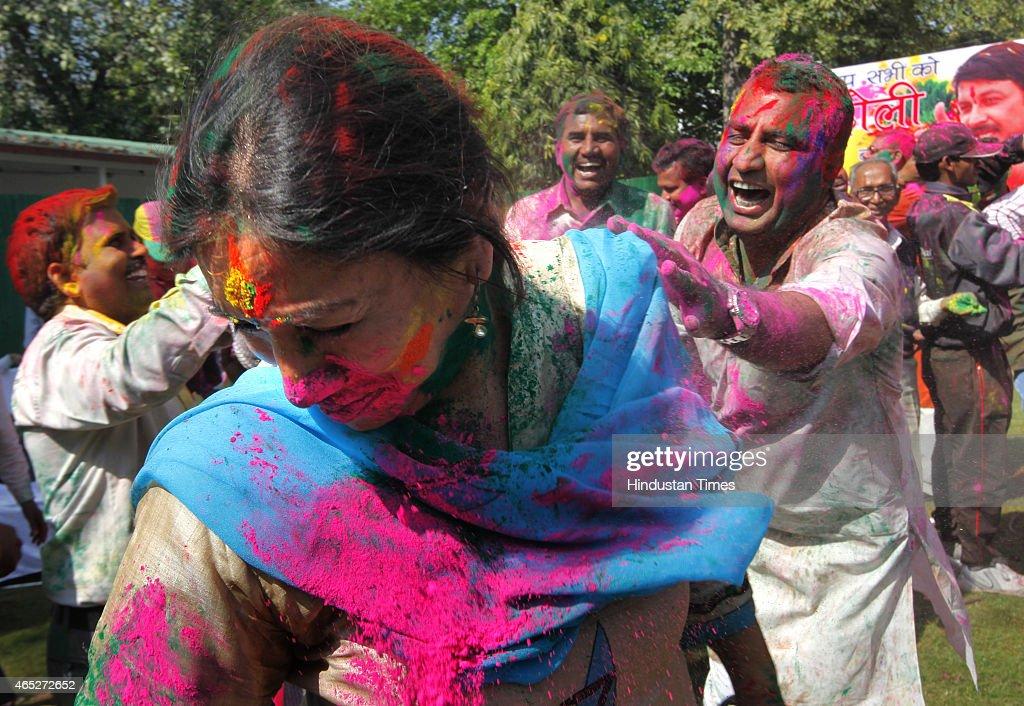 Holi News: Holi Celebrations At Delhi BJP Office