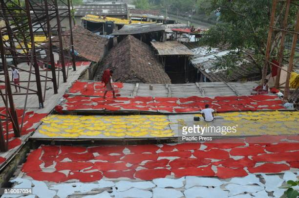 Workers daily life and labour at Tannery Park Circus in Kolkata India