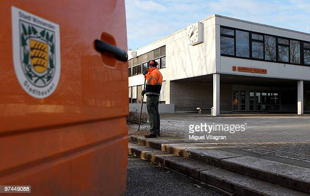 Workers garden in front the Albertville School on March 5 2010 in Winnenden Germany Tim Kretschmer opened fire on teachers and pupils at his former...