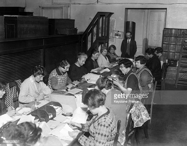 Workers in a dead letter office circa 1920