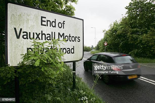 Workers leave Vauxhall Motor Company's Astra production centre at the end of their shift on May 17 2006 in Ellesmere Port England Chancellor Gordon...