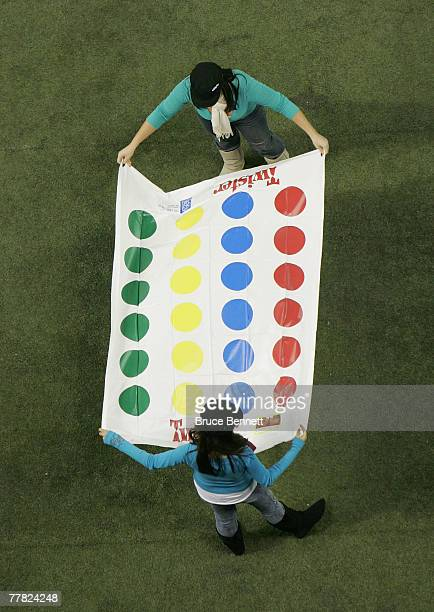 Workers prepare for an attempt to break the worlds largest Twister game record by having 4161 participants at the Rogers Centre on November 8 2007 in...