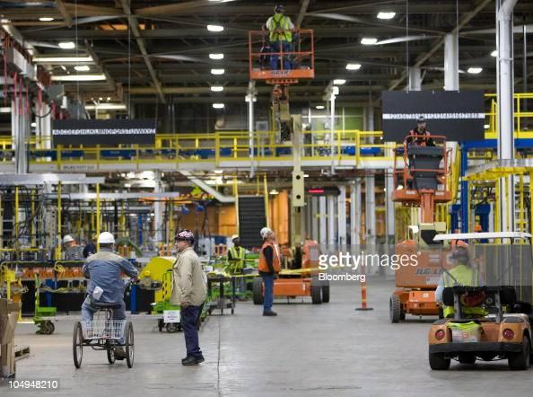 General motors makes announcement at orion assembly plant for General motors assembly plant