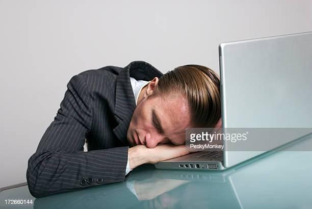 Working Hard or Hardly Workin?