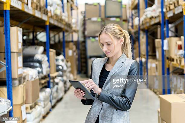 Arbeiten mit online-mit touchpad im stock