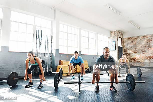 Sesión de ejercicios en su vida depende de ella, porque no