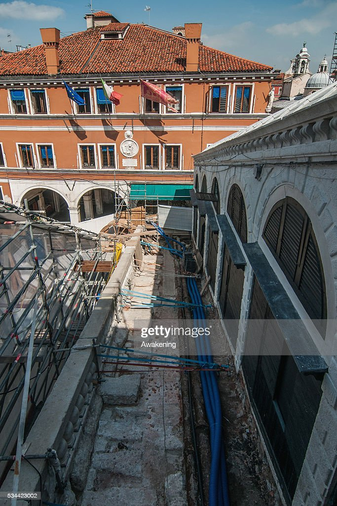 Works proceed during the renovation of the Rialto Bridge on May 26, 2016 in Venice, Italy. Site visits were organized to see the renovation of the Rialto bridge to coincide with the 15th Biennale of Architecture in Venice.
