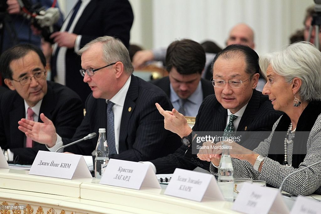 World Bank Group President <a gi-track='captionPersonalityLinkClicked' href=/galleries/search?phrase=Jim+Yong+Kim&family=editorial&specificpeople=2302483 ng-click='$event.stopPropagation()'>Jim Yong Kim</a> (2nd ) and Managing Director of the International Monetary Fund <a gi-track='captionPersonalityLinkClicked' href=/galleries/search?phrase=Christine+Lagarde&family=editorial&specificpeople=566337 ng-click='$event.stopPropagation()'>Christine Lagarde</a> (R) attend a meeting of the G20 finance leaders meet in the Kremlin February 15, 2013 in Moscow, Russia. The G20 countries, that make up 90 percent of the worlds gross domestic product, is reportedly set to be dominated by the issue of counties using their currency fro economic gain over the weekend of meetings.