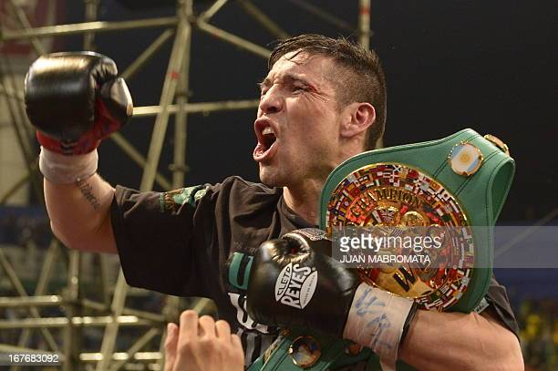 World Boxing Council middleweight defending champion Sergio 'Maravilla' Martinez celebrates his defeat over challenger Martin Murray of Britain in...