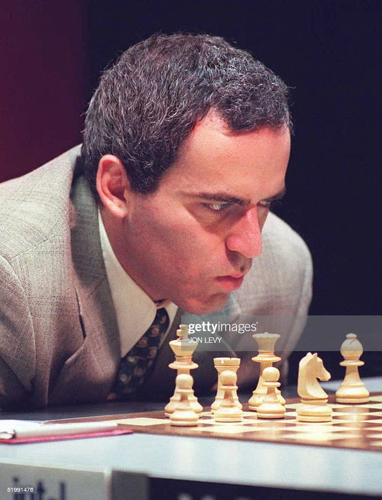 World Chess Champion Gary Kasparov of Russia takes a close look at the state of play during the sixth game of the best of twenty World Chess Championship match with Vishy Anand of India 19 September in New York. The match stands at 2.5 : 2.5 after the first five games ended in draws. AFP PHOPTO