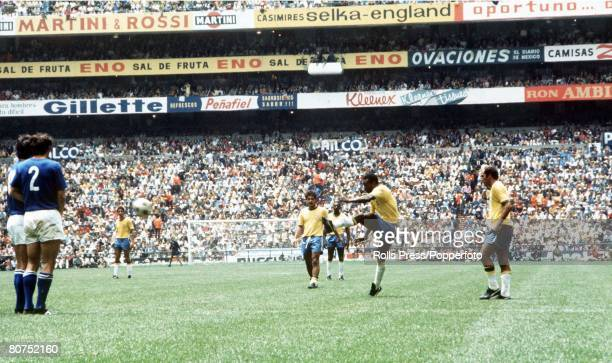 World Cup Final 1970 Mexico City Mexico 21st June Brazil 4 v Italy 1 Brazil's Pele takes a free kick as Italian players form a wall during the World...