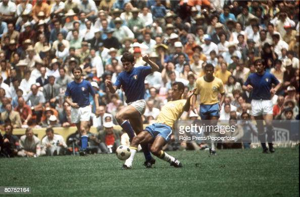 World Cup Final 1970 Mexico City Mexico Brazil 4 v Italy 1 21st June Brazilian captain Carlos Alberto in action against Italian players during the...