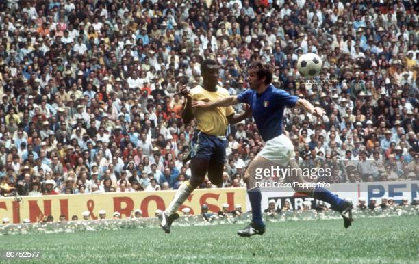 World Cup Final Mexico City Mexico 21st June Brazil 4 v Italy 1 Brazil's Pele in action against the Italians in the Final