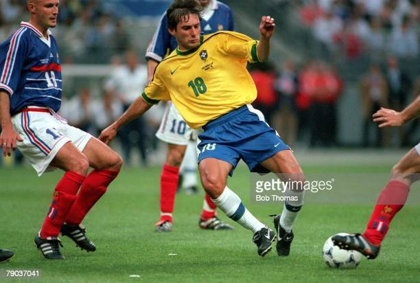 World Cup Final St Denis France 12th July France 3 v Brazil 0 Brazil's Leonardo challenges for the ball with French defenders