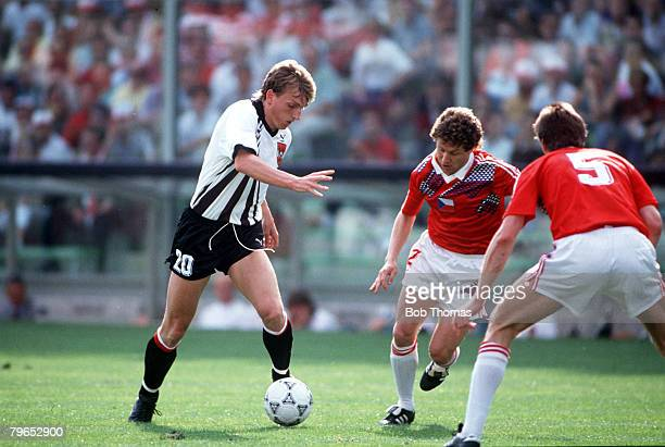 World Cup Finals Florence Italy 15th June Czechoslovakia 1 v Austria 0 Austria's Andreas Herzog takes on two Czech defenders