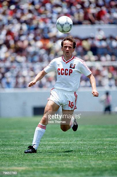 World Cup Finals Irapuato Mexico 2nd June USSR 6 v Hungary 0 USSR's Igor Belanov with the ball