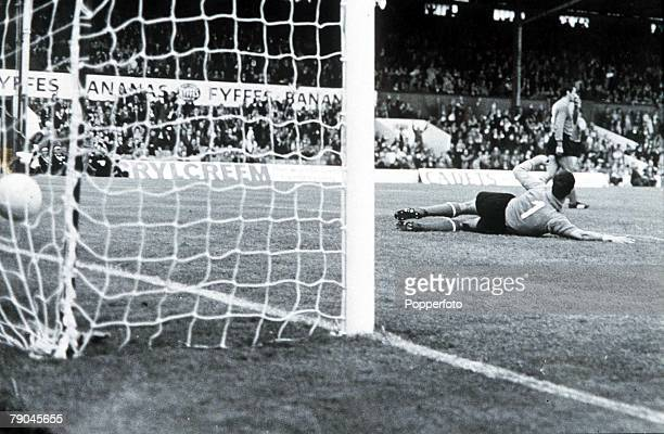 World Cup Finals Middlesborough England 19th July North Korea 1 v Italy 0 North Korea's Pak DooIk scores the games only goal past Italian goalkeeper...