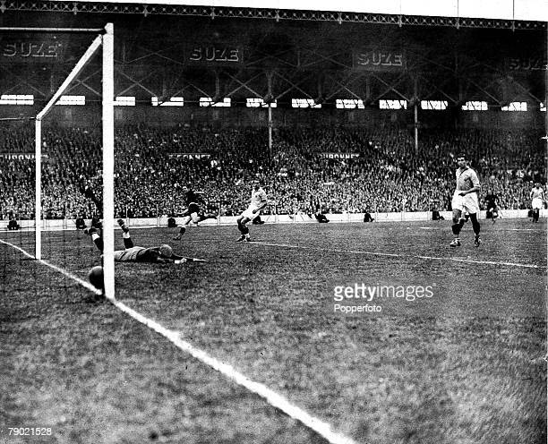 World Cup Finals Quarter Final tie Colombes Stadium Paris 12th June 1938 France v Italy Italy's second goal is scored by Silvio Piola far left as...